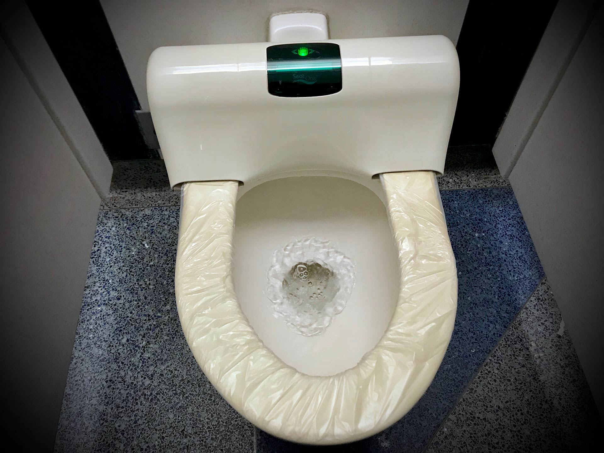 Twitter reacts to post about working conditions and whites only toilets